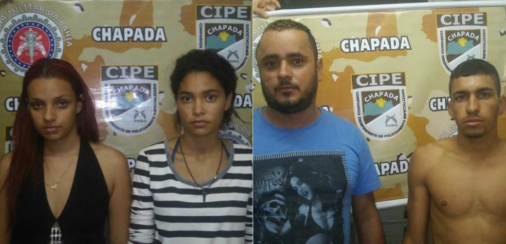 Quarteto é preso durante ação da polícia em Couto Soares (Foto: Divulgação/SSP-BA)