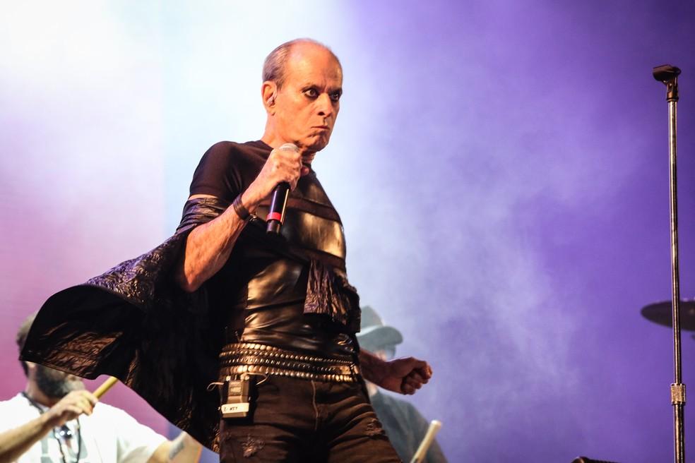 Nação Zumbi e Ney Matogrosso tocam no Rock in Rio.  (Foto: Fábio Tito / G1)