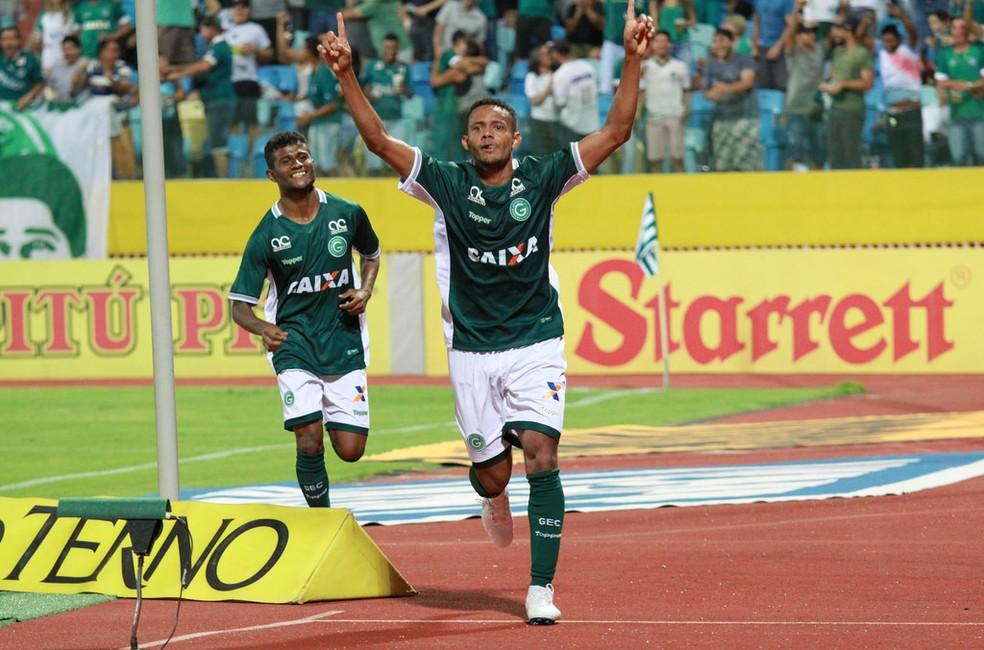Ernandes subiu com o Goiás à primeira divisão do Brasileiro — Foto: Rosiron Rodrigues / Goiás E.C.