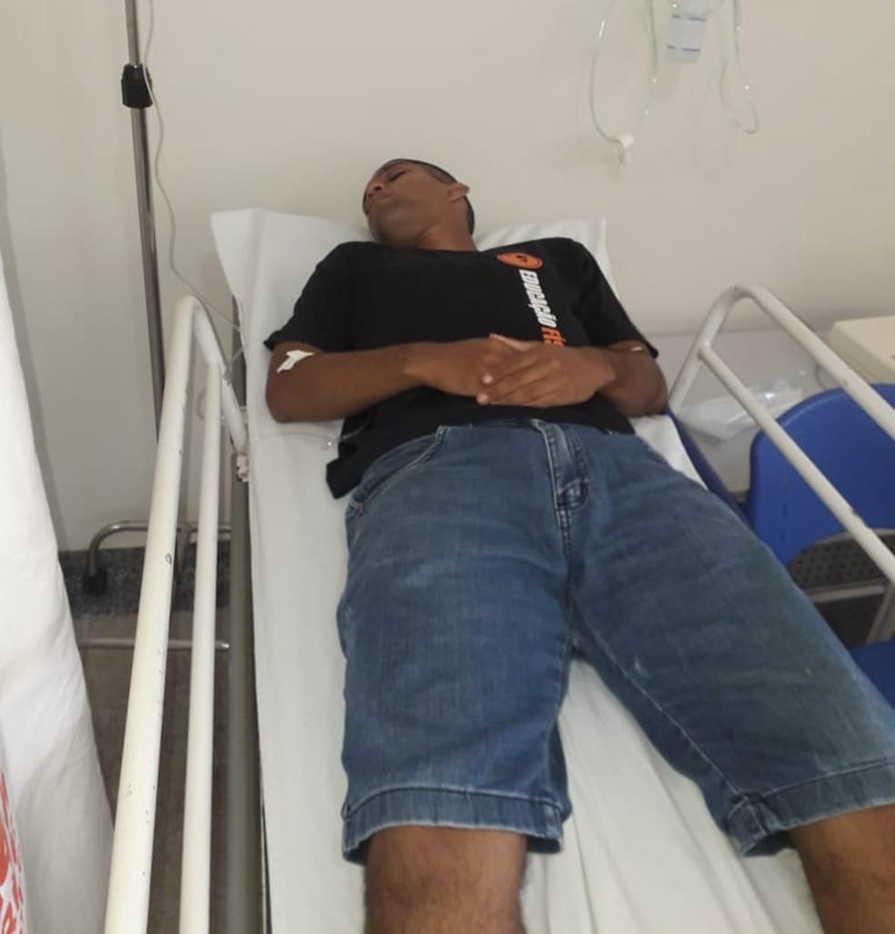 Rapaz foi internada na UPA do Segundo Distrito de Rio Branco — Foto: Arquivo da família