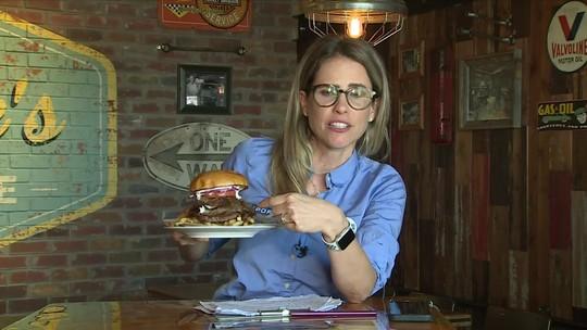 Joanna de Assis mostra mega hambúrguer que homenageia o gigante Antetokounmpo