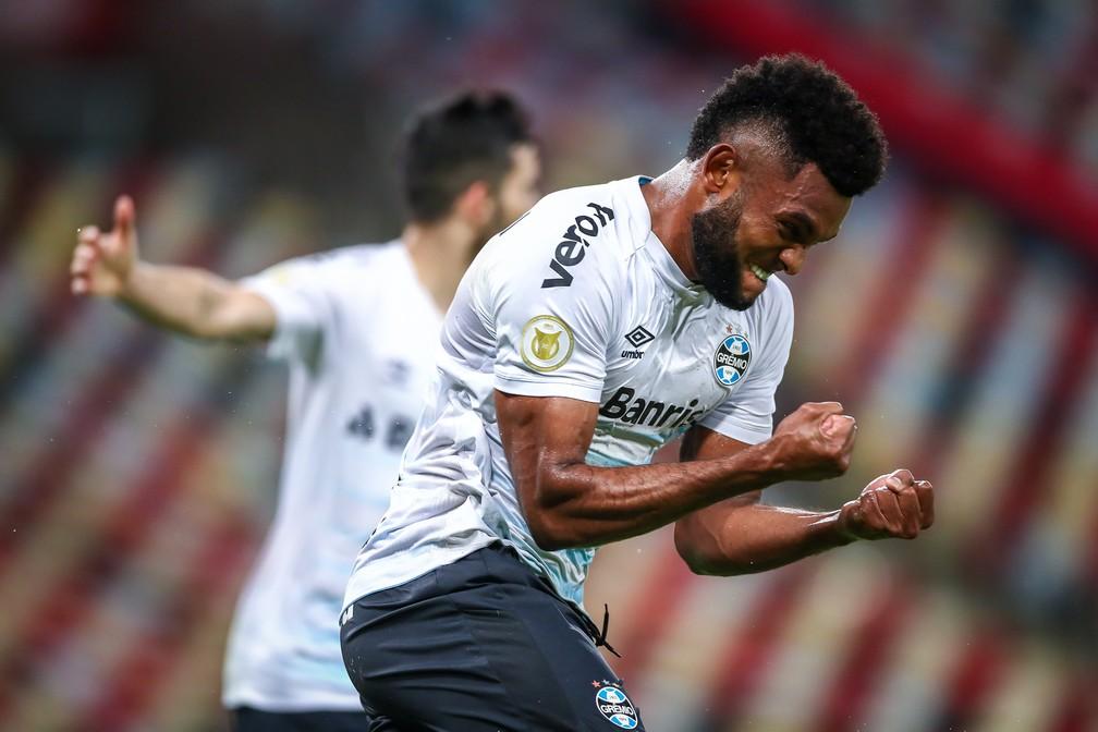 Borja comemora o gol da vitória no Maracanã — Foto: Lucas Uebel / Grêmio FBPA