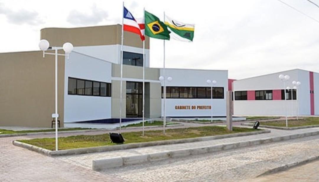 Câmara de Vereadores de Santaluz aprova aumento de 50% no salário de secretários municipais
