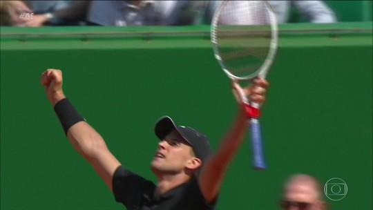 Com Felipe Massa na platéia, Djokovic perde para Thiem pelas oitavas do Masters 1000