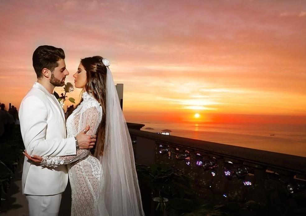 Cerimônia poética fez o casal desistir de festão — Foto: Reprodução/Instagram
