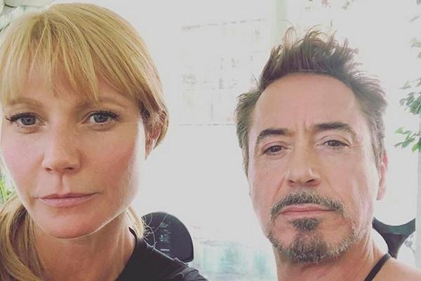 A atriz Gwyneth Paltrow com Robert Downey Jr nos bastidores das gravações do quarto filme da franquia Vingadores (Foto: Instagram)