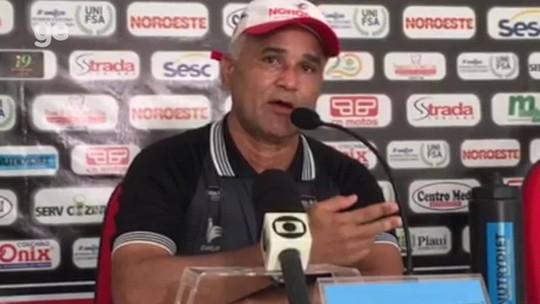 """Sem preferência por atacantes, Canindé explica escolha por Rhuann: """"Quem corresponder"""""""