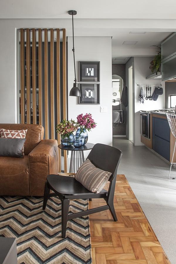 Apê funcional de 60 m² para um casal que vive viajando  (Foto: Luis Gomes de Souza)