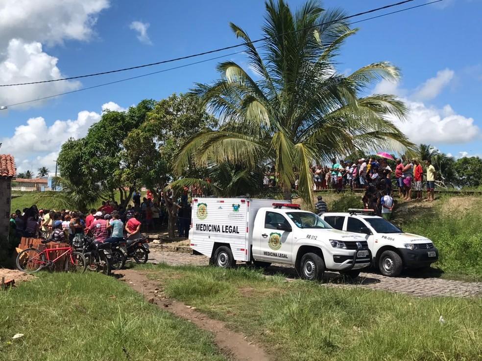 Três homens foram assassinados a tiros em João Câmara, RN (Foto: Kleber Teixeira/Inter TV Cabugi)