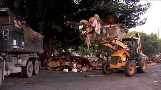PM e GCM acompanham reintegração de posse na Favela do Cimento, no entorno do Viaduto Bresser