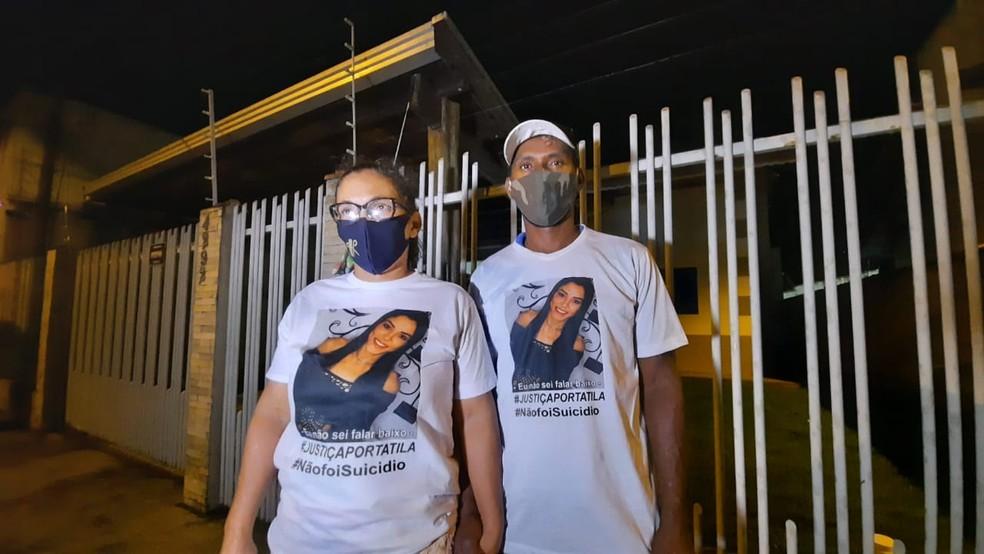 Pais de Tatila defendem que a filha não cometeu suicídio — Foto: Luiz Martins/Rede Amazônica