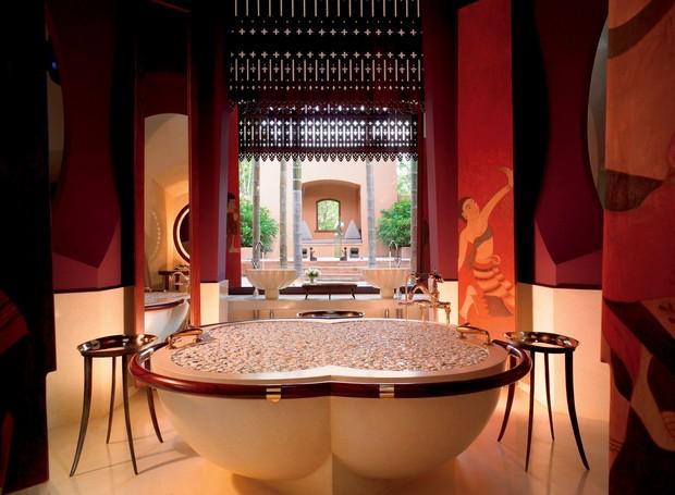 Banheiro do Ritz Carlton, na Tailândia (Foto: Reprodução/ Ritz Carlton)