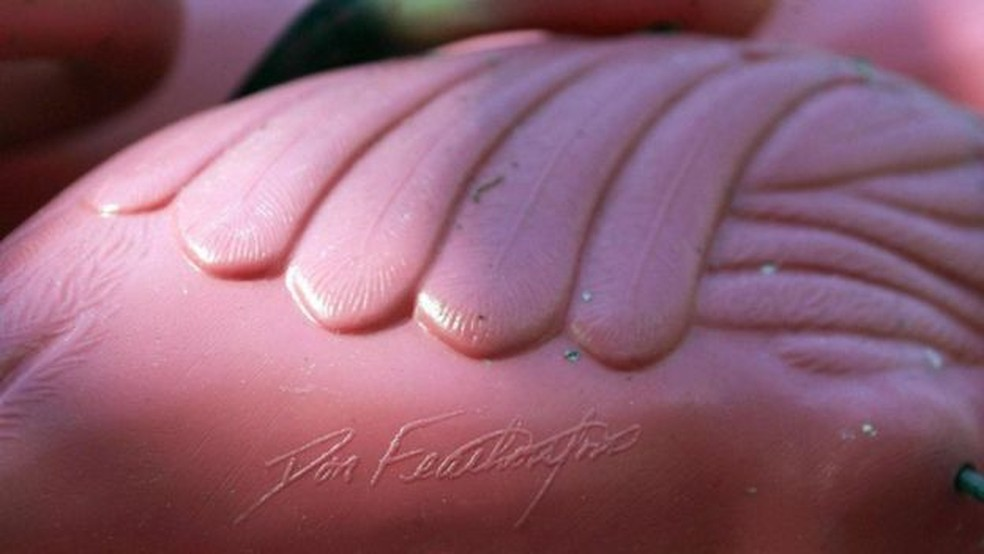 Os Featherstones originais levam a assinatura de seu criador — Foto: Getty Images