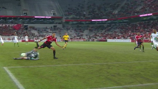 Veja os gols e os melhores momentos de Athletico 1x1 Chapecoense, pela 22ª rodada