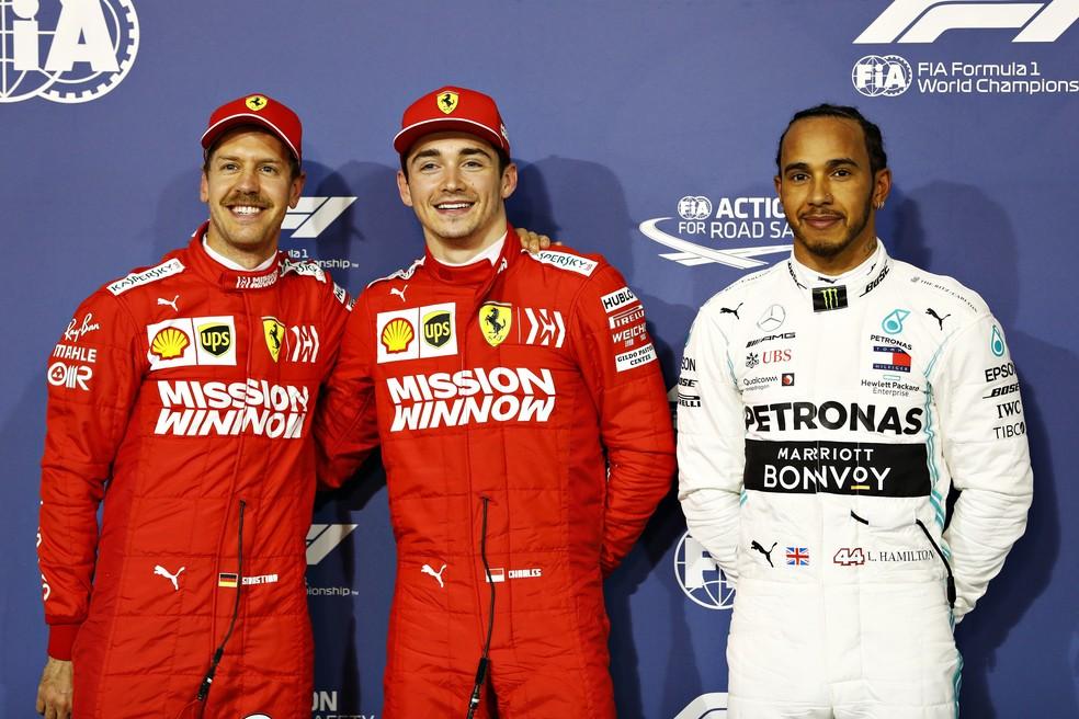 Vettel, Leclerc e Hamilton, os três primeiros no grid em Sakhir — Foto: Getty Images