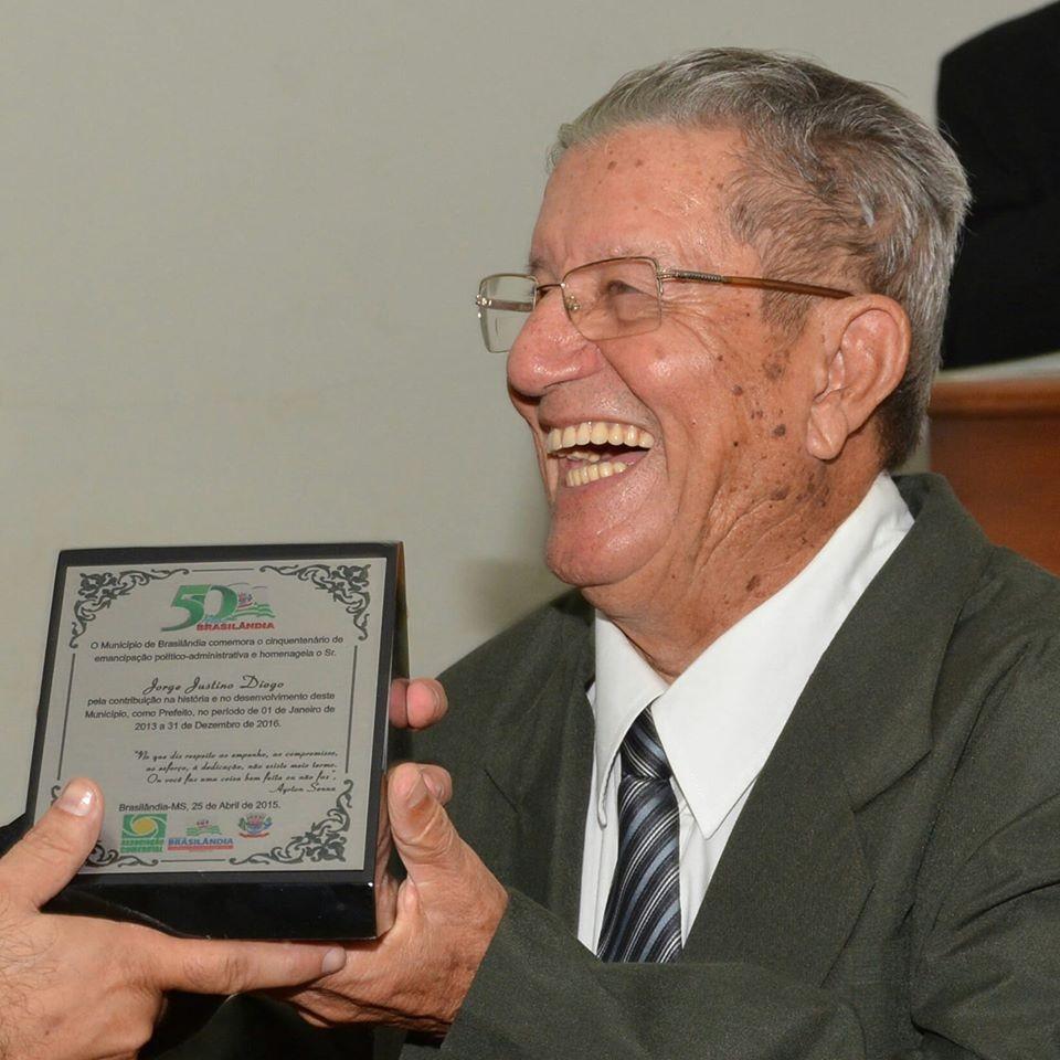 Primeiro prefeito de município de MS morre de covid-19 aos 87 anos