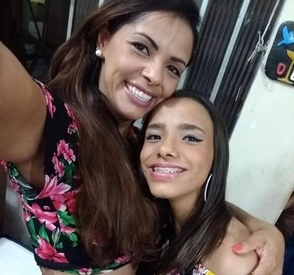 Ana Carolina Souza, de 16 anos, era filha de Maritza e enteada de Erick Busetti — Foto: Arquivo pessoal