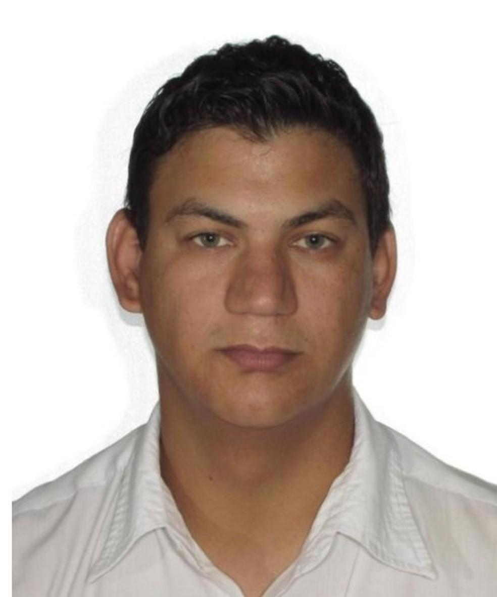 Atirador foi identificado como Antonio Ricardo Gallo (Foto: Polícia Militar/Divulgação)