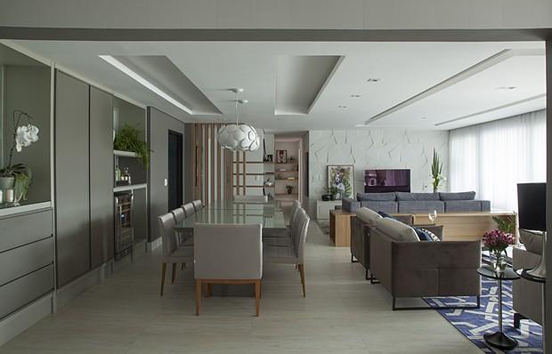 10 salas com aparador de sofá (Foto: Luis Gomes)