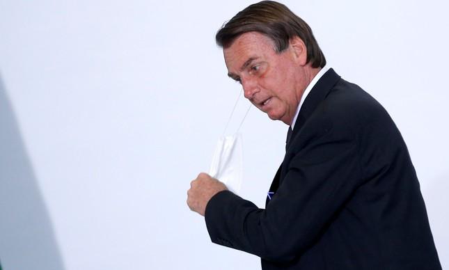 Jair Bolsonaro, que está com crise de soluço há vários dias