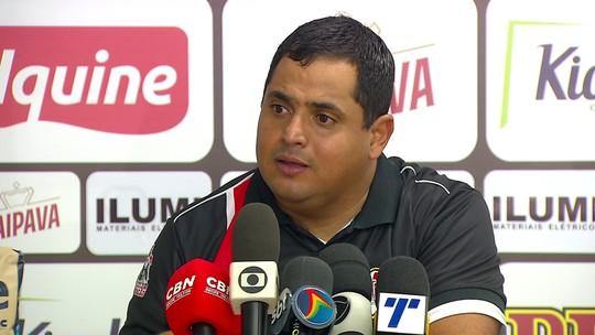 Leston Júnior reclama da arbitragem e lamenta perder tranquilidade no Santa Cruz