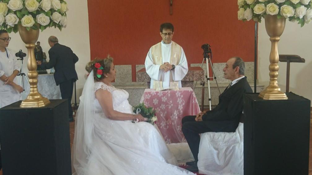 Cerimônia foi realizada na capela no Lar São Vicente de Paulo, em Itapetininga (Foto: Francine Galdino/G1)