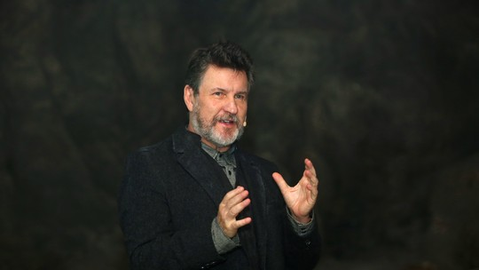 Antonio Calloni conta como foi gravar morte de Egídio: 'Nunca estou preparado'