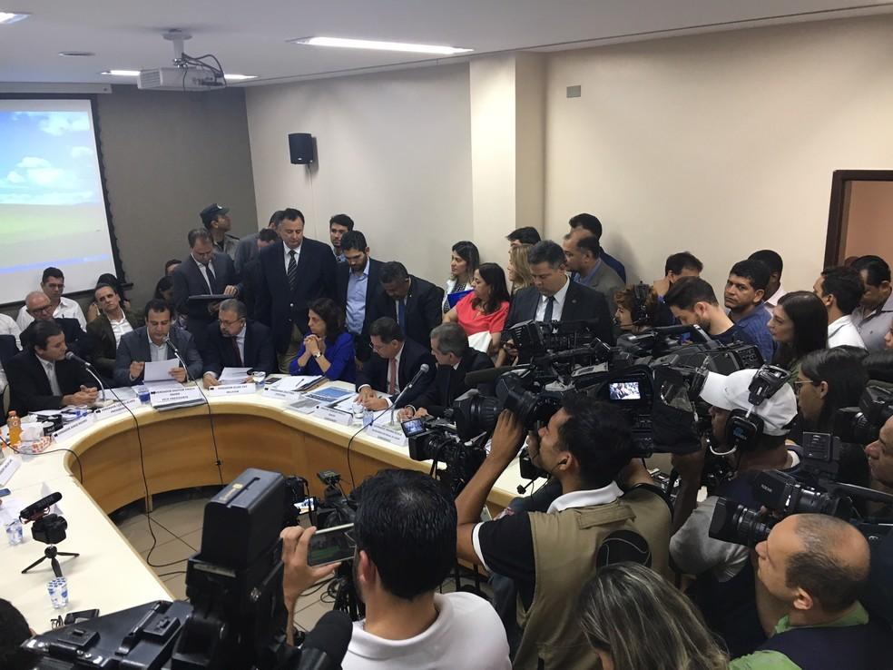 CEI da Saúde ouve ex-governador Marconi Perillo sobre investimentos na área (Foto: Sílvio Túlio/G1)
