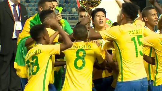Seleção sub-17 retorna ao Brasil após título sul-americano no Chile