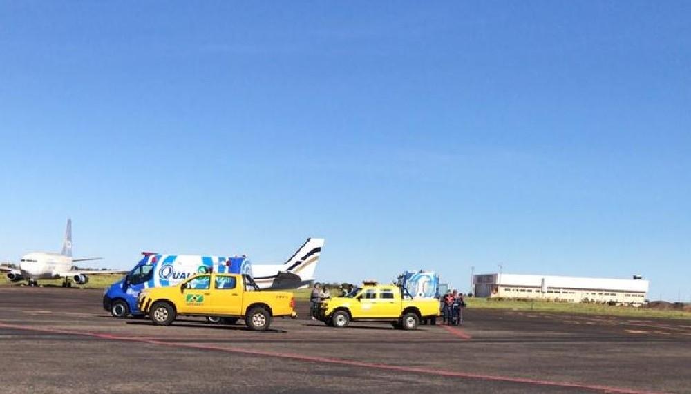 Aparato montado para socorrer piloto que passou mal durante voo e morreu no aeroporto Internacional de Campo Grande — Foto: Reprodução/Redes Sociais