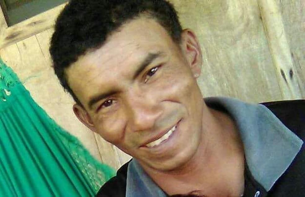 Ronaldo Lima da Silva, de 37 anos, foi atingido por uma descarga elétrica enquanto pilotava uma motocicleta (Foto: Divulgação)