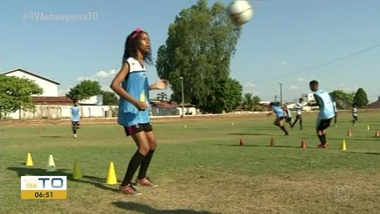 Sparta cria time feminino de futebol; prática foi liberada em 1979