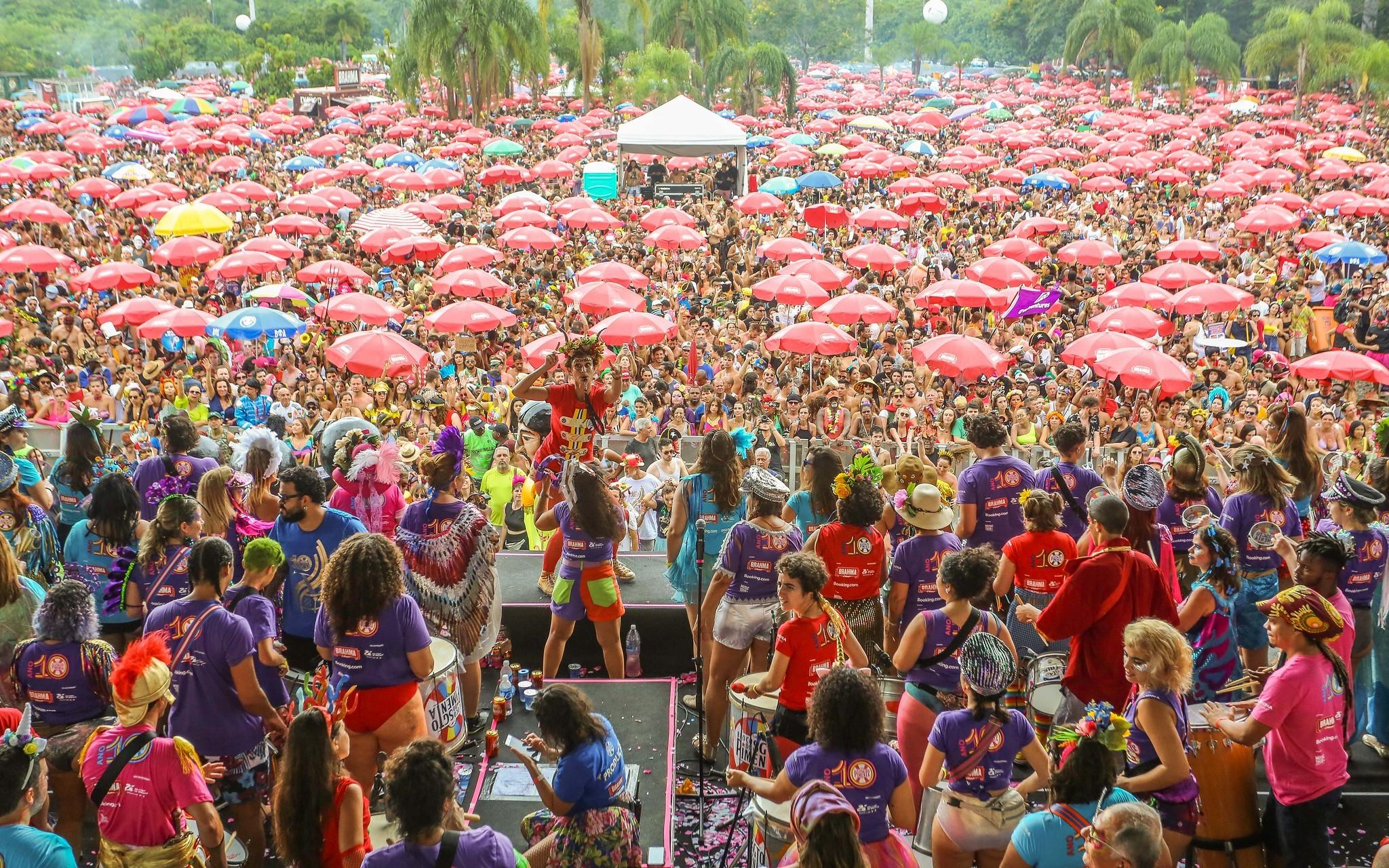 Você viu? Carnaval, coronavírus no Brasil e mais notícias da semana