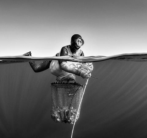 Fotógrafo registra cultura das idosas mergulhadoras da Coreia do Sul