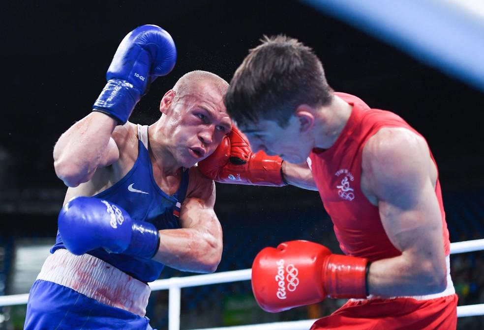 Luta entre Vladimir Nikitin e Michael Conlan (à direita) é um dos alvos de investigação na Rio 2016 — Foto: Getty Images