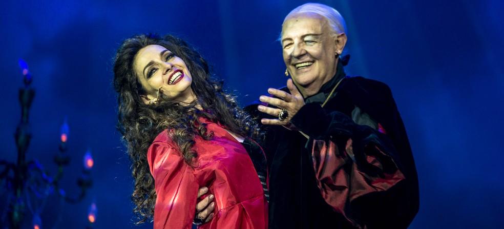 """Ney Latorraca e Claudia Ohana estrelam """"Vamp, o Musical"""" (Foto: Caio Galucci)"""