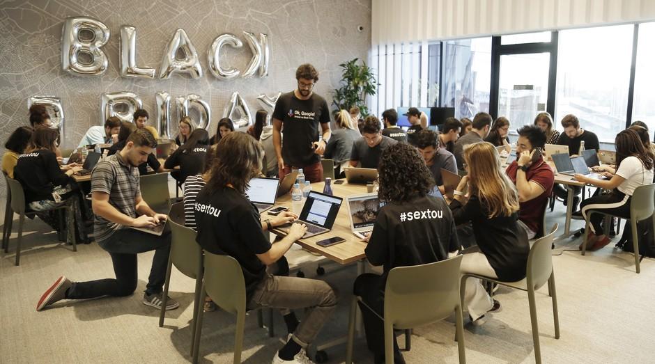 """""""War room"""" do Google: 70 a 100 pessoas focadas exclusivamente em dar suporte para pequenas e médias empresas na Black Friday (Foto: Divulgação)"""