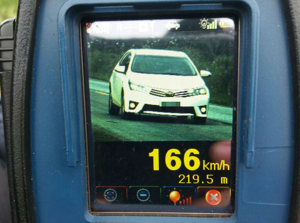 Radar flagra veículo a 166 km/h em rodovia federal do Tocantins (Foto: Divulgação/PRF)