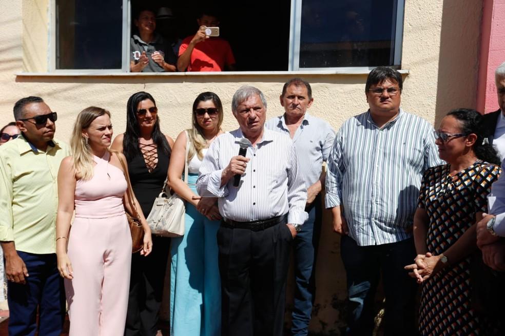 Artur Nery assumiu a prefeitura de Uruburetama nesta terça-feira (16). — Foto: JL Rosa/Sistema Verdes Mares