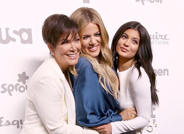 Kris Jenner, Khloe Kardashian e Kylie Jenner (Foto: Getty Images)