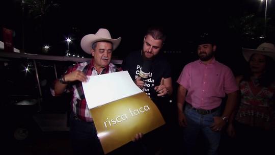 Zé Neto e Cristiano desvendam termos caipiras na Festa do Peão de Barretos