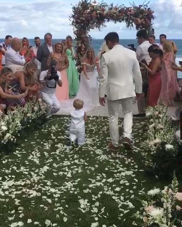 Amaury Nunes relembra casamento  (Foto: Reprodução)