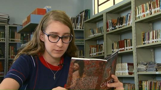 Estudante de Vera Cruz do Oeste faz sucesso ao escrever um romance