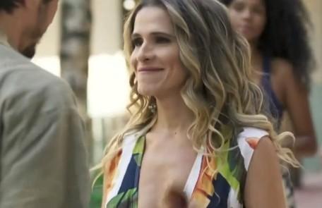 Na segunda (19), Silvana (Ingrid Guimarães) causará constrangimento ao invadir a sala da diretoria da editora, onde estão Alberto (Antonio Fagundes) e Paloma (Grazi Massafera) TV Globo