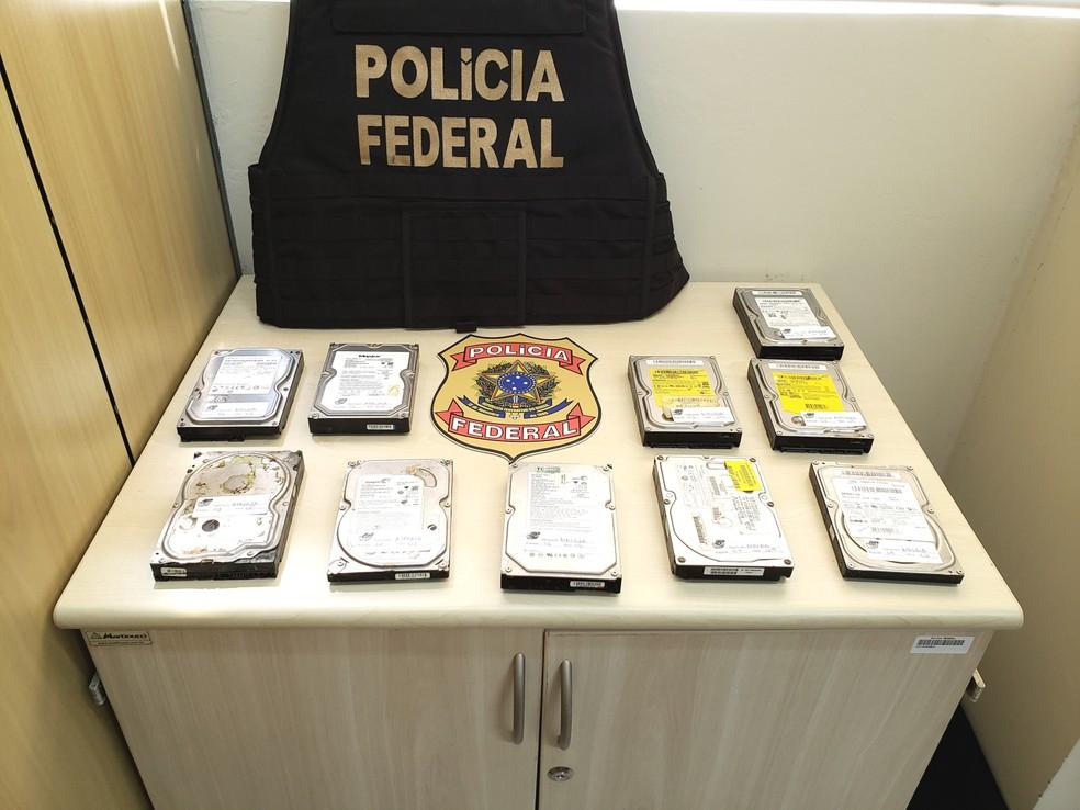 HDs foram apreendidos pela PF durante a Operação Atalaia — Foto: PF/Divulgação