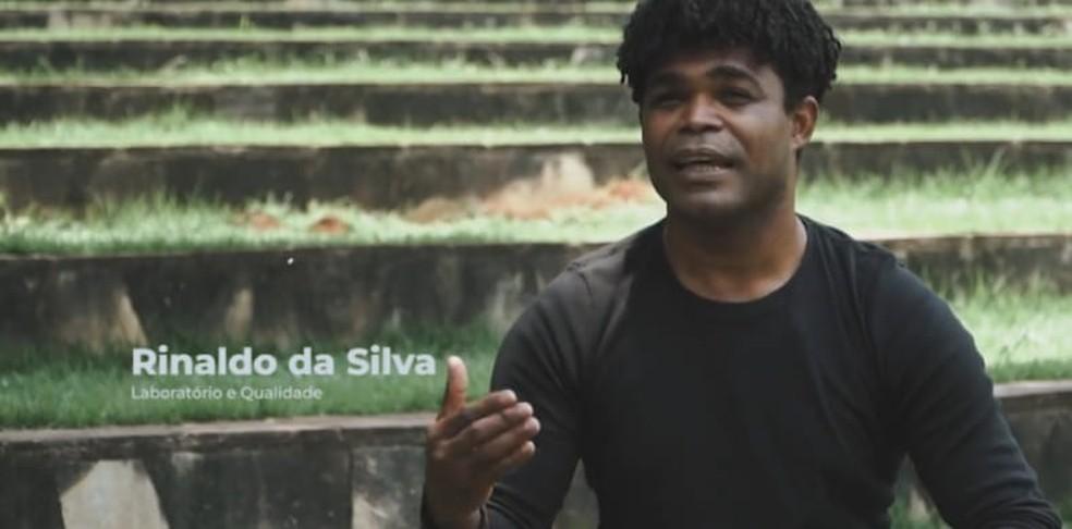 José Rinaldo Leonel da Silva, de 36 anos, foi assassinado a tiros depois que um dos suspeitos foi tirar satisfação com o namorado dele em Sorriso — Foto: Facebook
