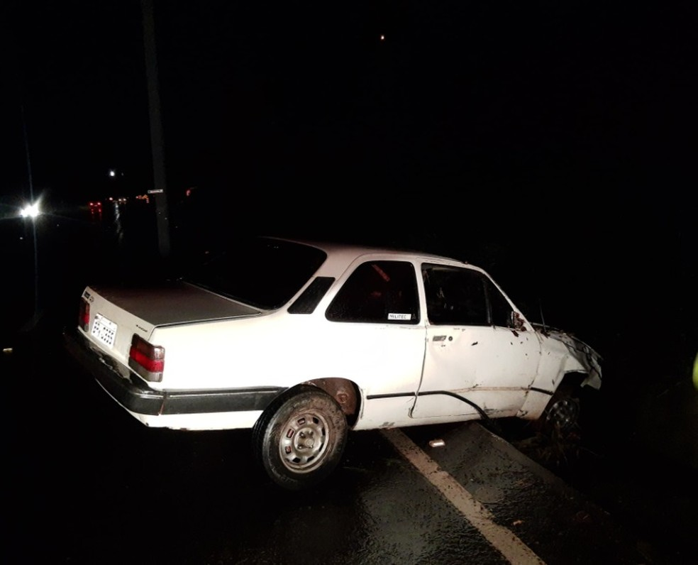 Acidente foi na Rodovia Osni Mateus em Macatuba — Foto: Macatuba Acontece/ Divulgação