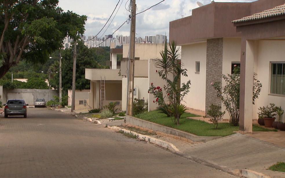 Construções em área do Guará, em Brasília, alvo de grilagem (Foto: TV Globo/Reprodução)