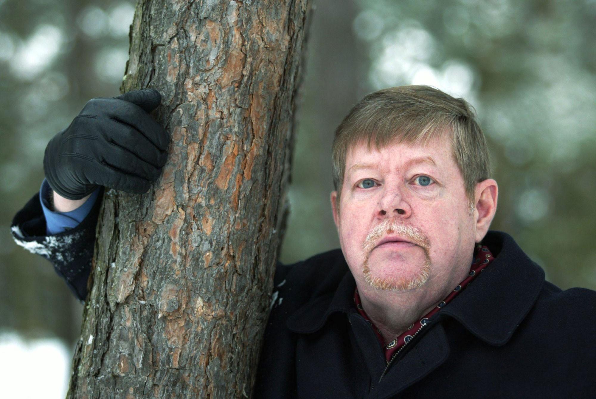 Arto Paasilinna, escritor best seller finlandês, morre aos 76 anos