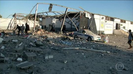 Bombardeiro na Líbia deixa 44 mortos